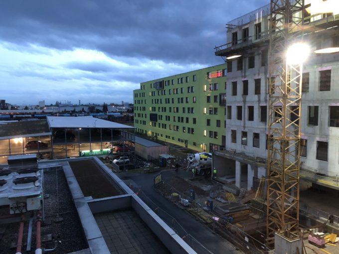 LinkedInオフィスから見た工事風景